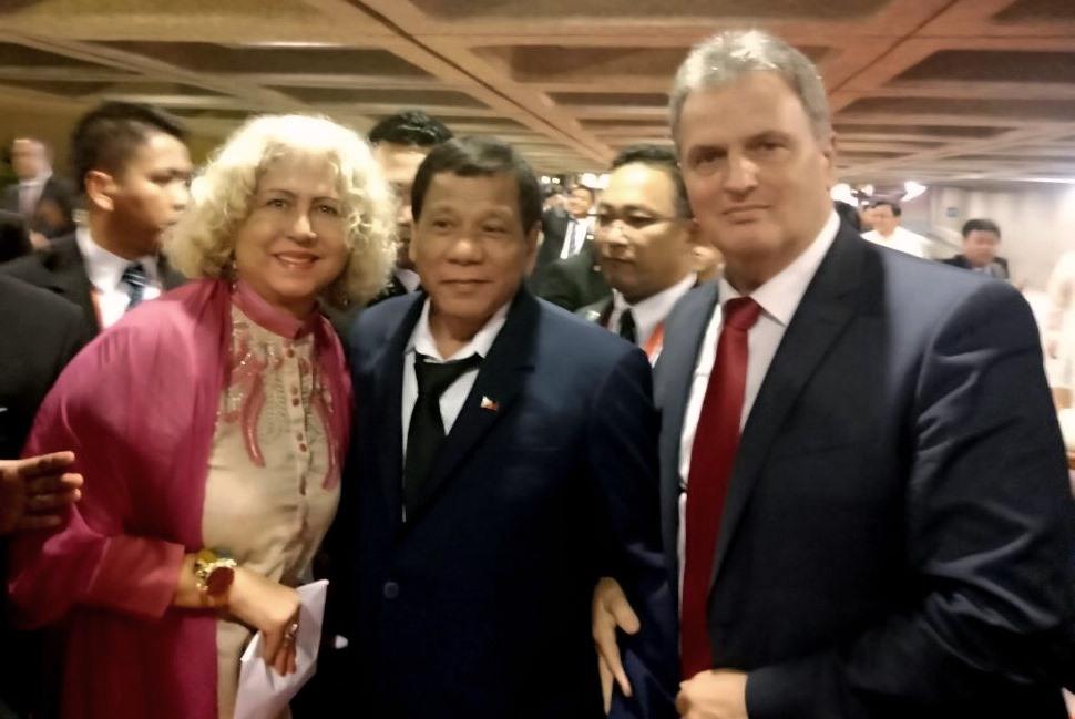 asean-filipina-3
