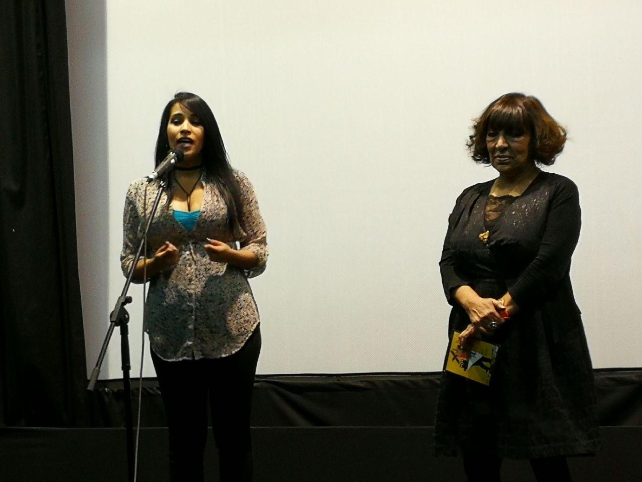 la-encargada-de-cultura-de-la-embajada-de-venezuela-en-bolivia-patricia-guilarte-dio-la-bienvenida-a-ls-asistentes-que-se-congregaron-para-preciar-los-films-venezolanos