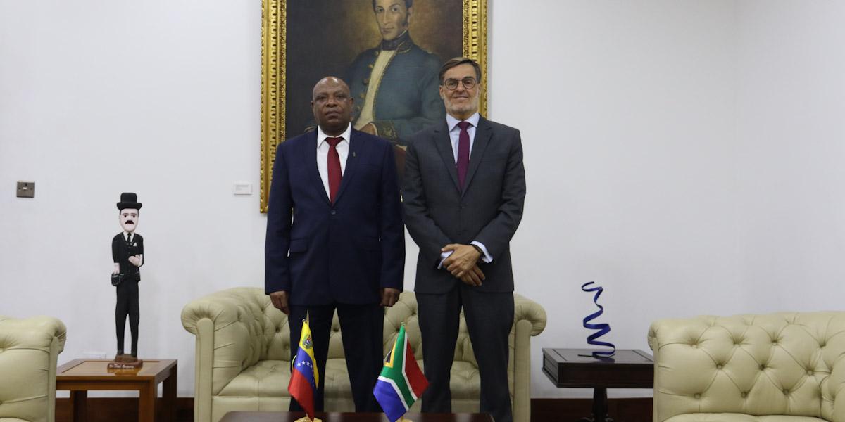 Venezuela y Sudáfrica revisan acuerdos de cooperación y se comprometen a fortalecer relaciones bilaterales
