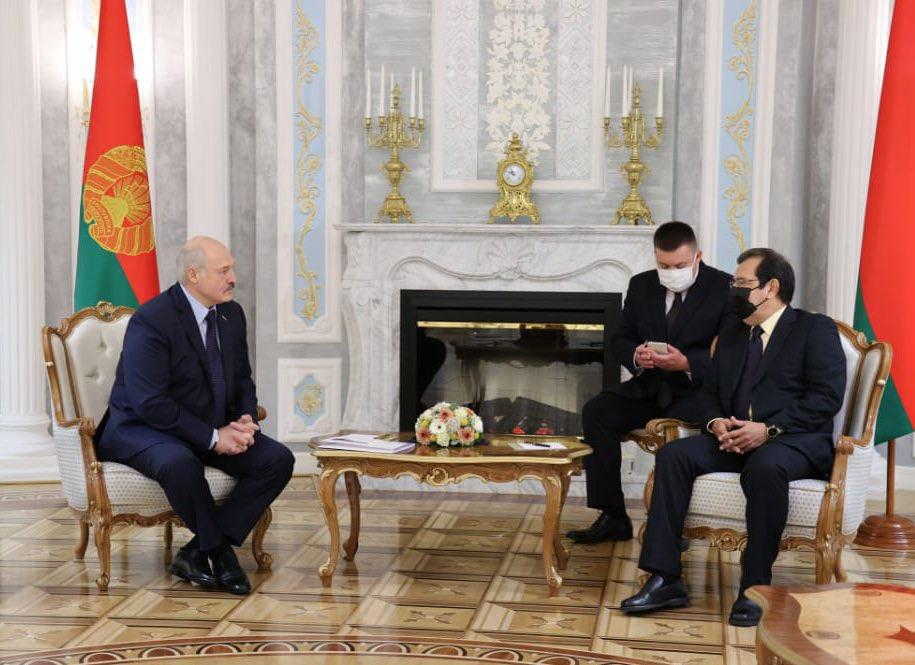 Finaliza visita del Enviado Especial Adán Chávez a Belarús