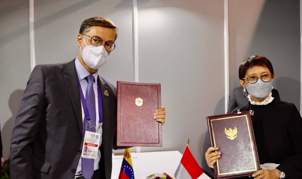 Venezuela e Indonesia suscriben memorándum de entendimiento en Belgrado