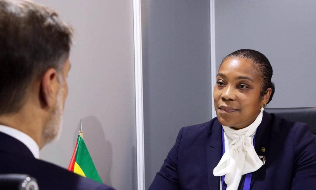 Canciller Plasencia estrecha relaciones de cooperación con su par de Santo Tomé y Príncipe